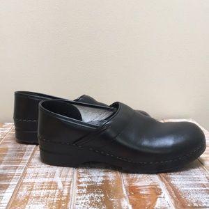Men's Danskos leather